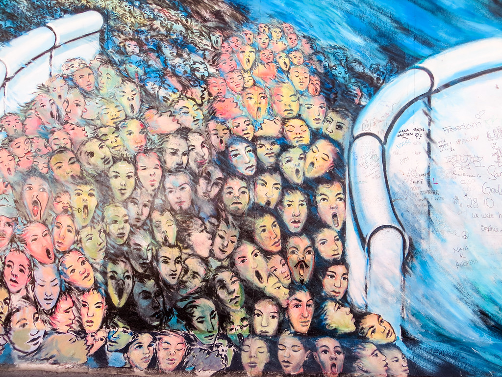 don't miss the east side gallery with your 2 days in berlin!