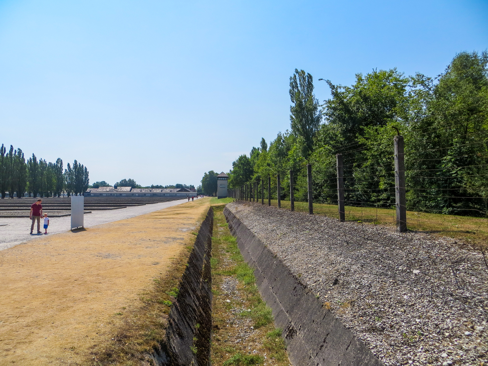 how to get to dachau from munich: dachau is only 25 min away