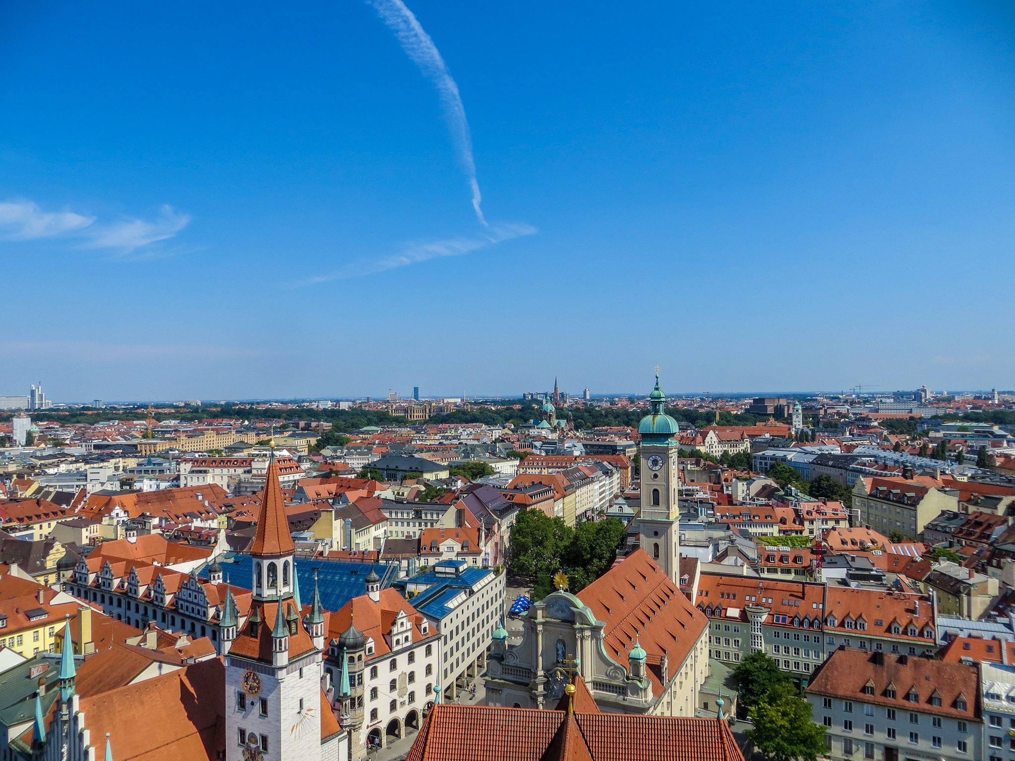 backpacking europe in 2 weeks: visiting munich is always a good idea