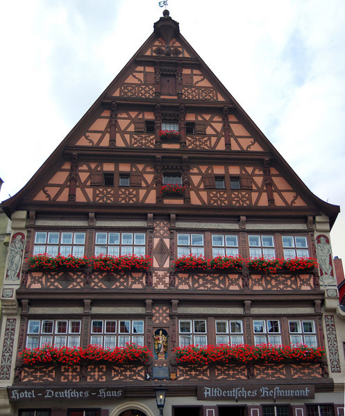 """""""Deutsches Haus"""" Dinkelsbuhl"""