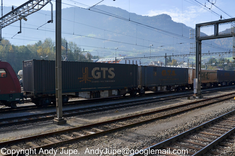 37804961763-2_a_Sggmrss_Arth-Goldau_Switzerland_20102012