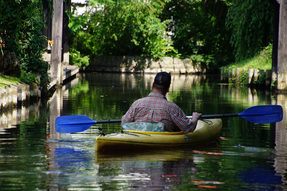 An alternative to punting is to go kayaking down the canals in the Spree Forest
