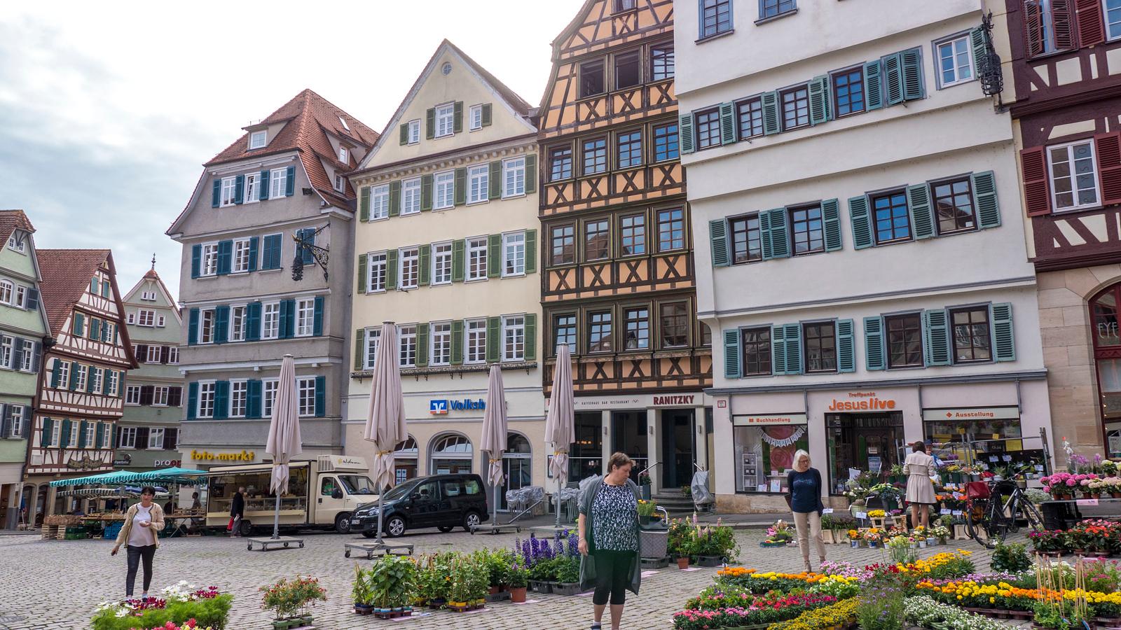 Farmer's market at Market Square in Tubingen. Things to do in Tubingen Germany.