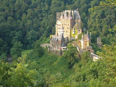 Burg Eltz - Early Morning - Germany 500 DPI