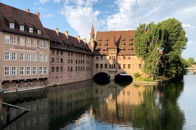 Heilig-Geist-Spital (Hospital of the Holy Spirit), Nürnberg, Nuremberg, Franconia, Bavaria, Germany