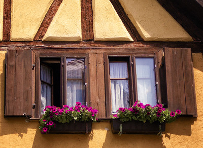 Kemmerer___A Flowered Window in Rothenburg
