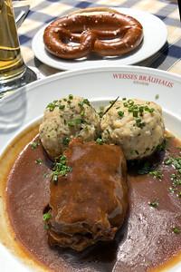 Beef Rouladen & Kartoffelklöße, Weisse Bräuhaus, Kelheim, Bavaria, Germany