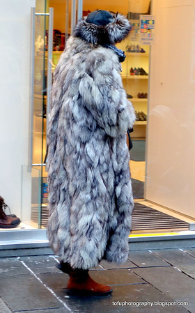 Walking around Vienna with a compact camera pt 3 - January 2014