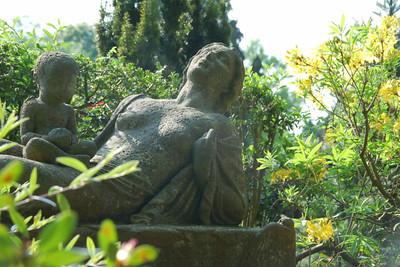 Worpswede Cemetery Grave of Paula Modersohn Becker.