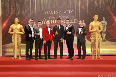 Year-End-Party-Get-Known-by-The-World-De-The-gioi-biet-ten-photobooth-chup-anh-in-hinh-lay-ngay-WefieBox-Photobooth-Vietnam-0888011166-021
