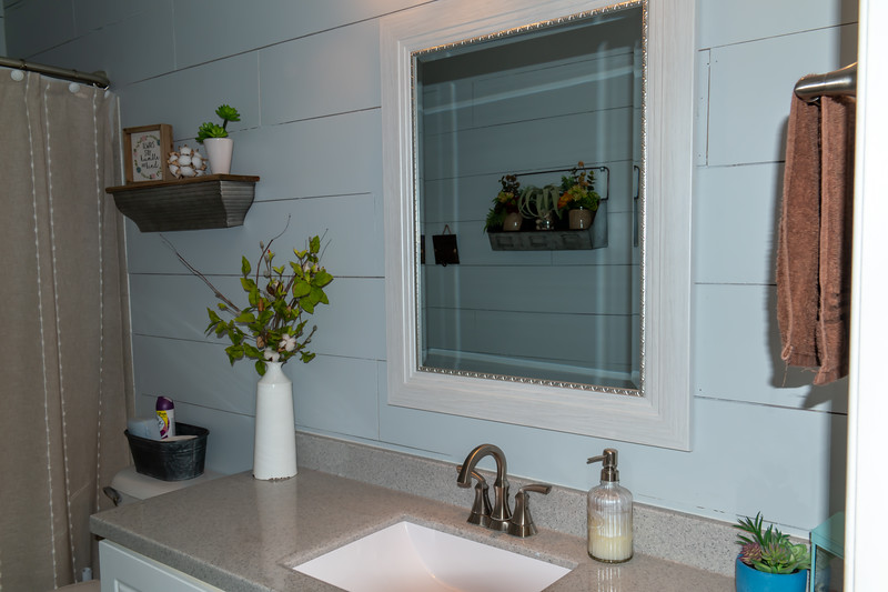bathroom 1 (1).jpg
