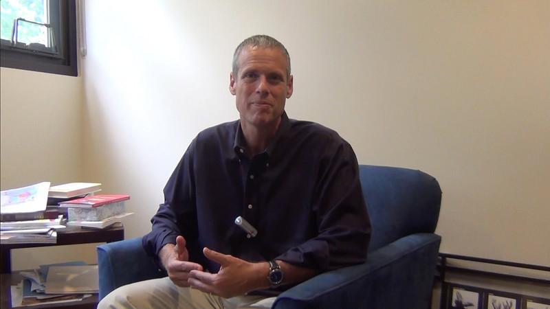 Rabbi Kalender introduces OT to our new shlicha