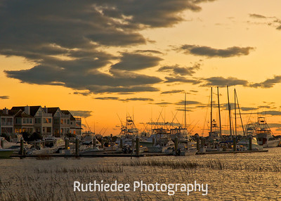 Evening in the harbor...