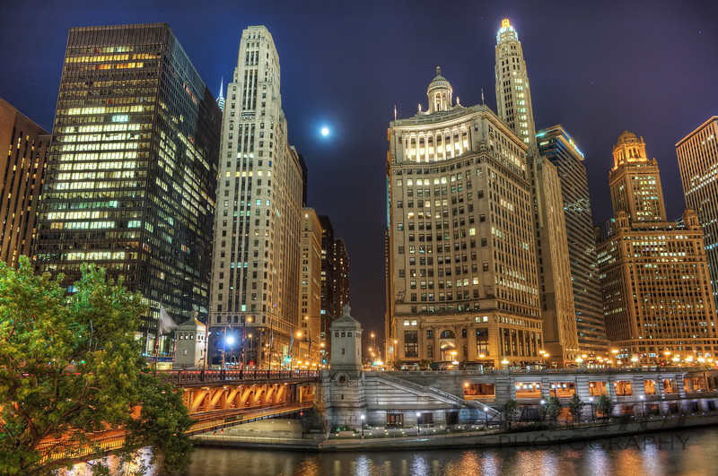 A Moonlit Chicago