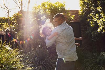Indigenous Australian family-1193909_