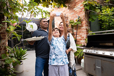 Indigenous Australian family-1194893_