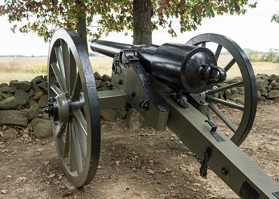 10-pound Parrott Rifle: this muzzle-loading iron cannon, named for designer Robert Parrott of the West Point Foundry, featured a reinforcing band around the breech.  It was manufactured in different sizes, with bores of 2.9 or 3.0 inches, and used by both sides in the Civil War.  The range was up to 2,000 yards.