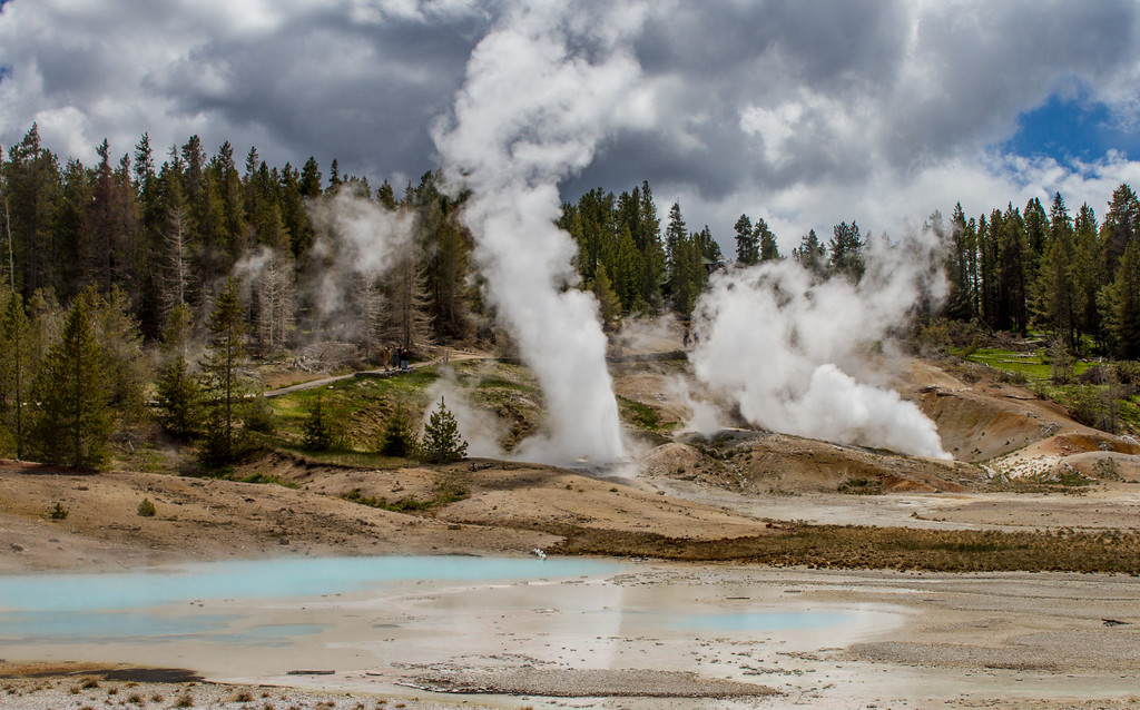 Ledge Geyser, May 29, 2015