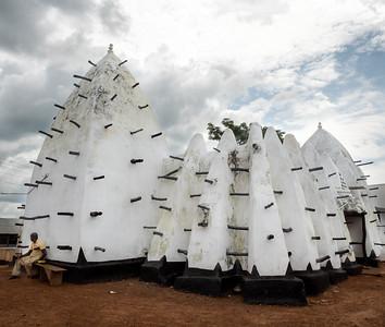 Larabanga Mosque-mudbricks-one of oldest in Africa-Sudano-Sahelian Architecture