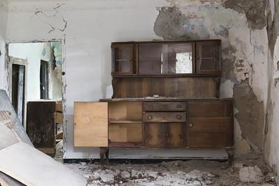 Castiglione del Terziere, rovine interne.