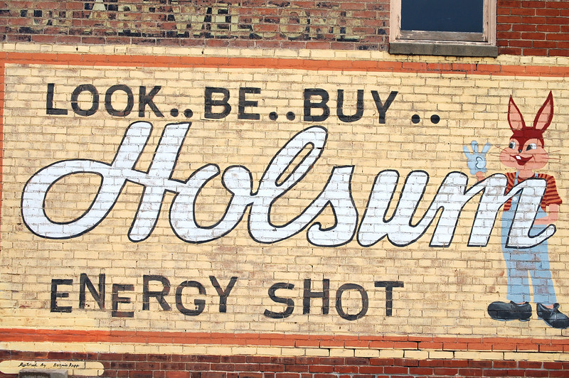 Holsum Sign in Blackwater, MO