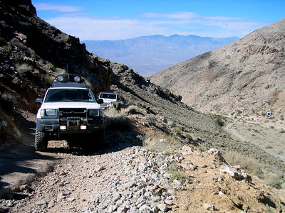 Me in my Xterra and Dan In his Jeep Rubicon making our way up South Park Canyon.