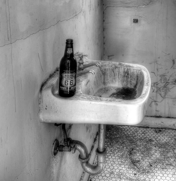 Route Beer 66 - Amboy, CA