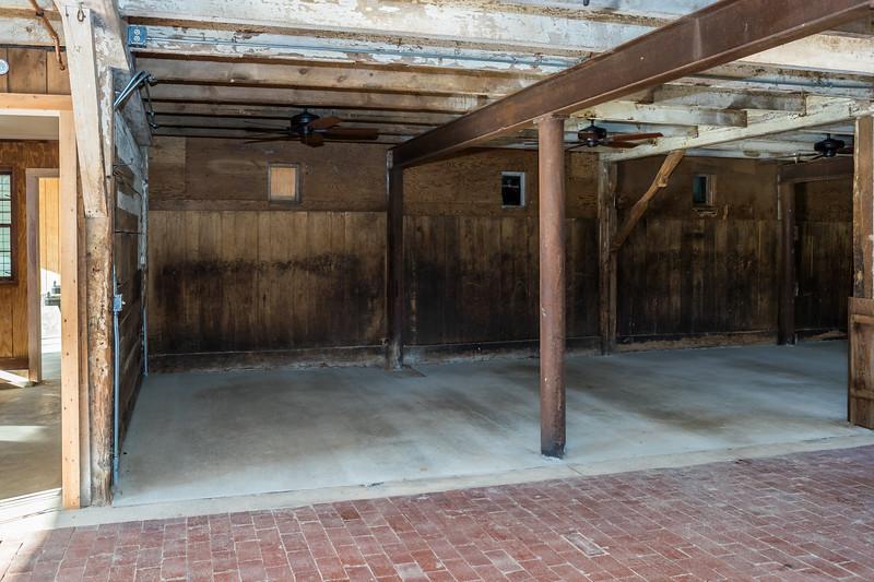 The Barn 009 September 01, 2018