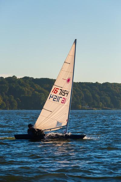 Sail Boat Race 132