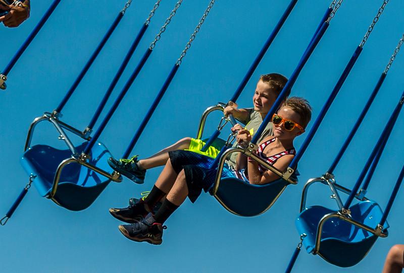 Giant Swings Boys