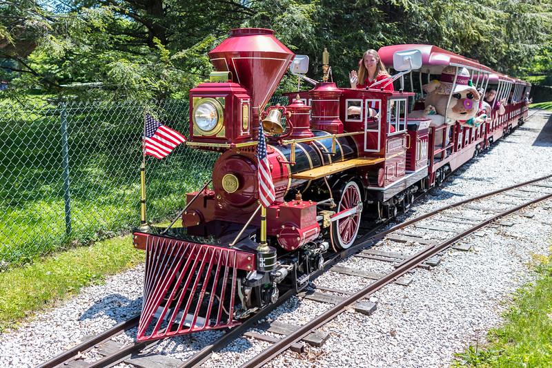 Waldameer Train II 002 May 27, 2018