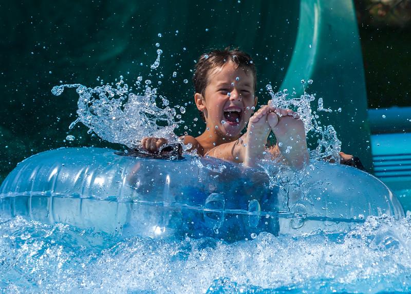Logan Tube Splashdown