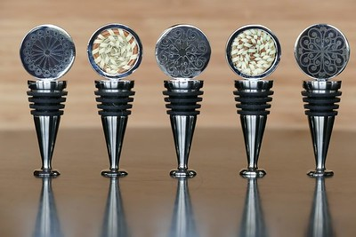 The Sweet Grass Wine Stopper