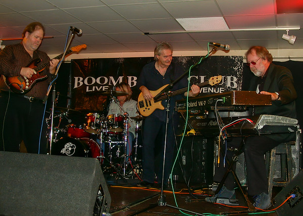 Buddy Whittington, Darby Todd, Peter Stroud & Roger Cotton