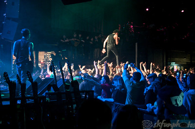 DROWNING POOL Show 2011 3-17-11 photos By: Stu Kennedy