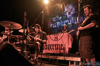 THE SUPERVILLIANS, 2-19-11 photos By: Stu Kennedy