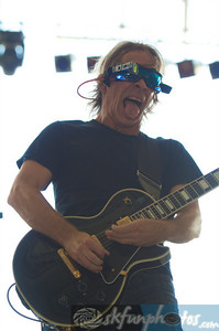 TIM REYNOLDS & TR3: Performing at Mile High Music Festival, Sun. 8/15/2010