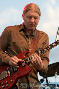 DEREK TRUCKS & SUSAN TEDESCHI BAND: Performing at Mile High Music Festival, Sat 8/14/2010
