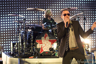 STONE TEMPLE PILOTS, Red Rocks 8/10/10