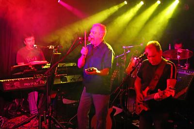 2006-01-28 Doghouse, City Limits