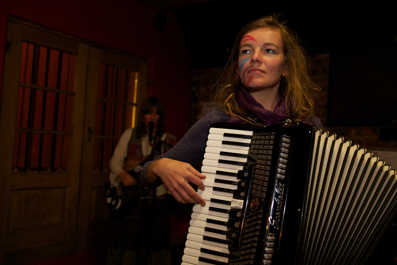 """Lizzie Lou Gaisford on the accordion!   <a href = """"https://www.facebook.com/thefishwives"""" target = """"_blank"""">Fishwives</a>."""
