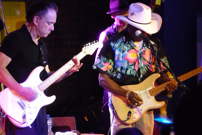 Jimmie Vaughan, Buddy Guy