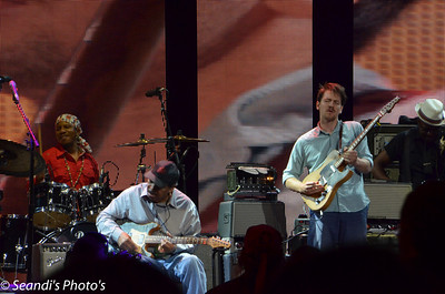 """Matt """"Guitar"""" Murphy & Blake Mills"""