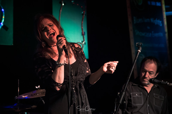 Liza Ohlback @ Hume Blues Club: Mar 15th