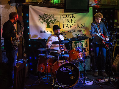 The Charlie Bedford Band @ The Oak Tree Tavern: May 19th