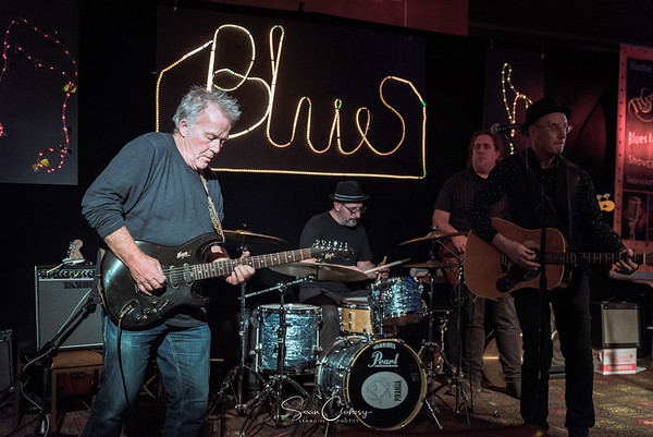 The Hornets + Firewire @ Hume Blues Club: Oct 4th