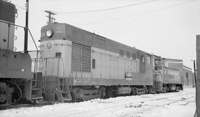 2014.015.02.0191--gilford heath 116 neg--C&NW--diesel locomotive 1060--Madison WI--1972 1217