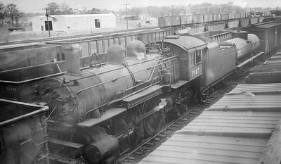 2014.015.01.0094--gilford heath 116 neg--C&NW--steam locomotive 1017 at museum--St Louis MO--no date