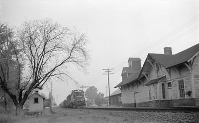2014 015 15 0433--gilford heath 116 neg--SOO-freight train action--Dale WI--1971 1018