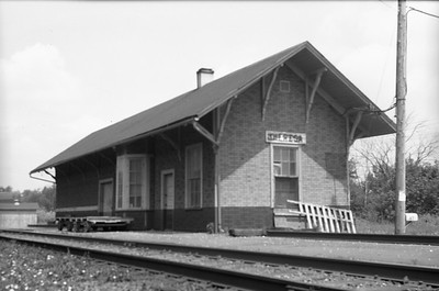 2014.015.16.0287--gilford heath 620 neg--SOO--depot--Theresa WI--1972 0708